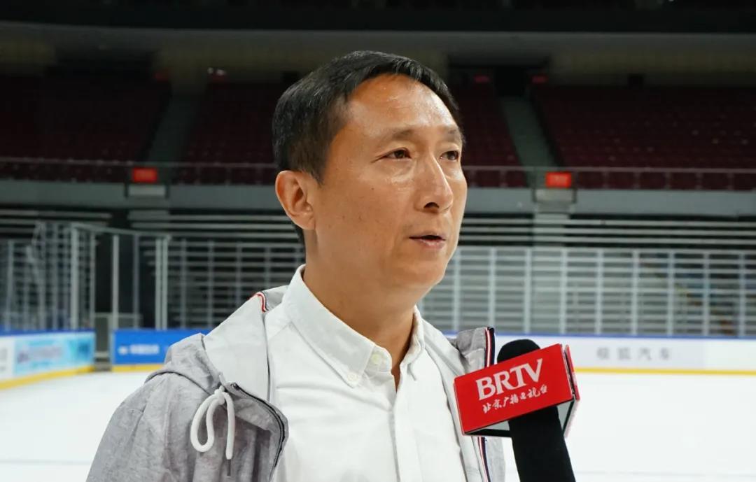 北京市体育局青少年体育处处长苏峻 接受媒体采访